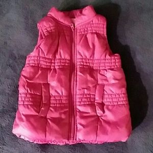 Toddler/Baby full zip vest with pockets, 18 mos.